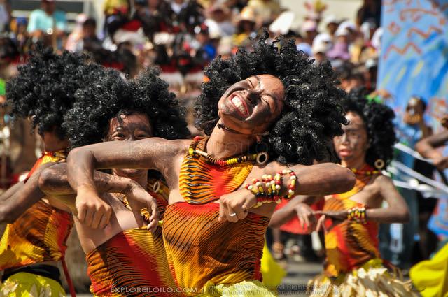 Dinagyang 2011 - Ati Competition - Tribu Atub-Atub (502)