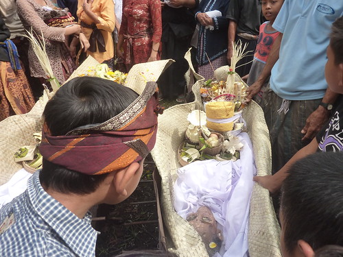 Bali-Funéraille hindoues-Crémation (16)