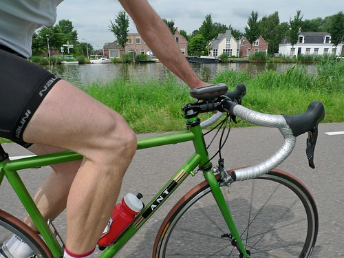 henry's ANT road bike on amstel