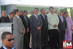 Leonel inaugura obras en Moca