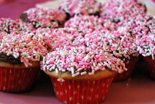 Funfetti Cupcakes - Sprinkle Mass-001