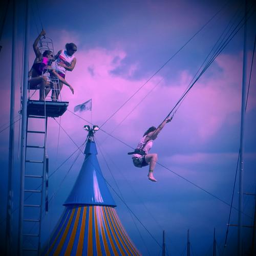 Trapeze by Ennev