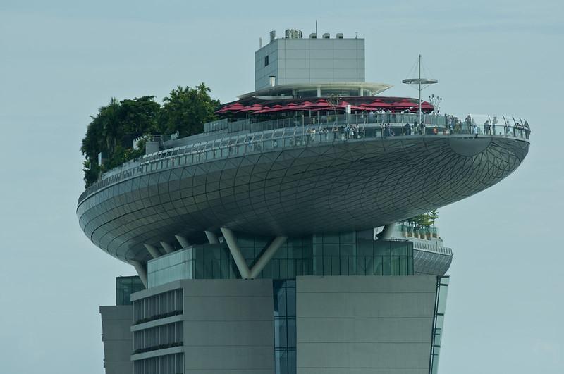 Вид на отель Марина Бэй Сэндс с колеса обозрения Сингапур Флайер