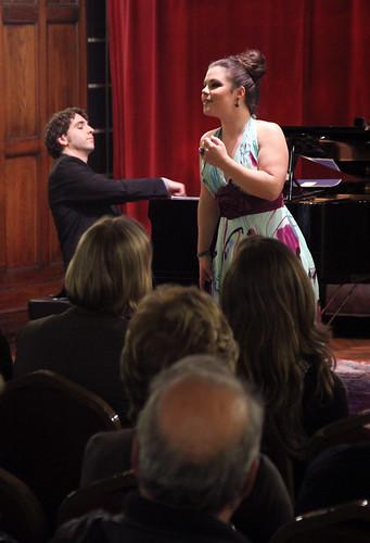 NAROA INXAUSTI, SOPRANO Y MARIO LERENA, PIANO - SOCIEDAD BILBAÍNA 28.04.12 by juanluisgx