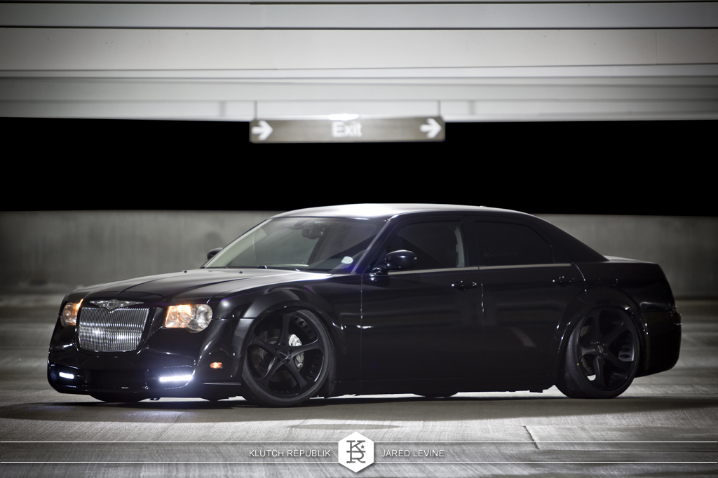 black chrysler 300 on airride slammed low fitment as seen on klutch republik