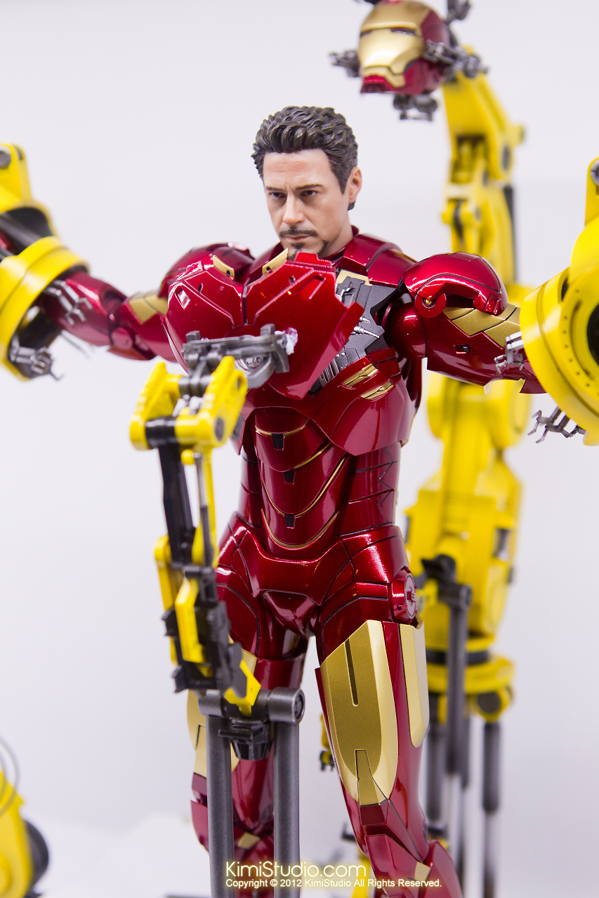 2011.11.12 HOT TOYS-082
