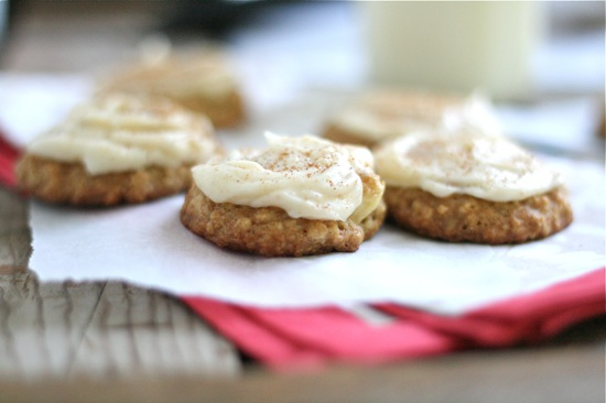 Apple Oatmeal Cookies with Brown Butter Frosting 1