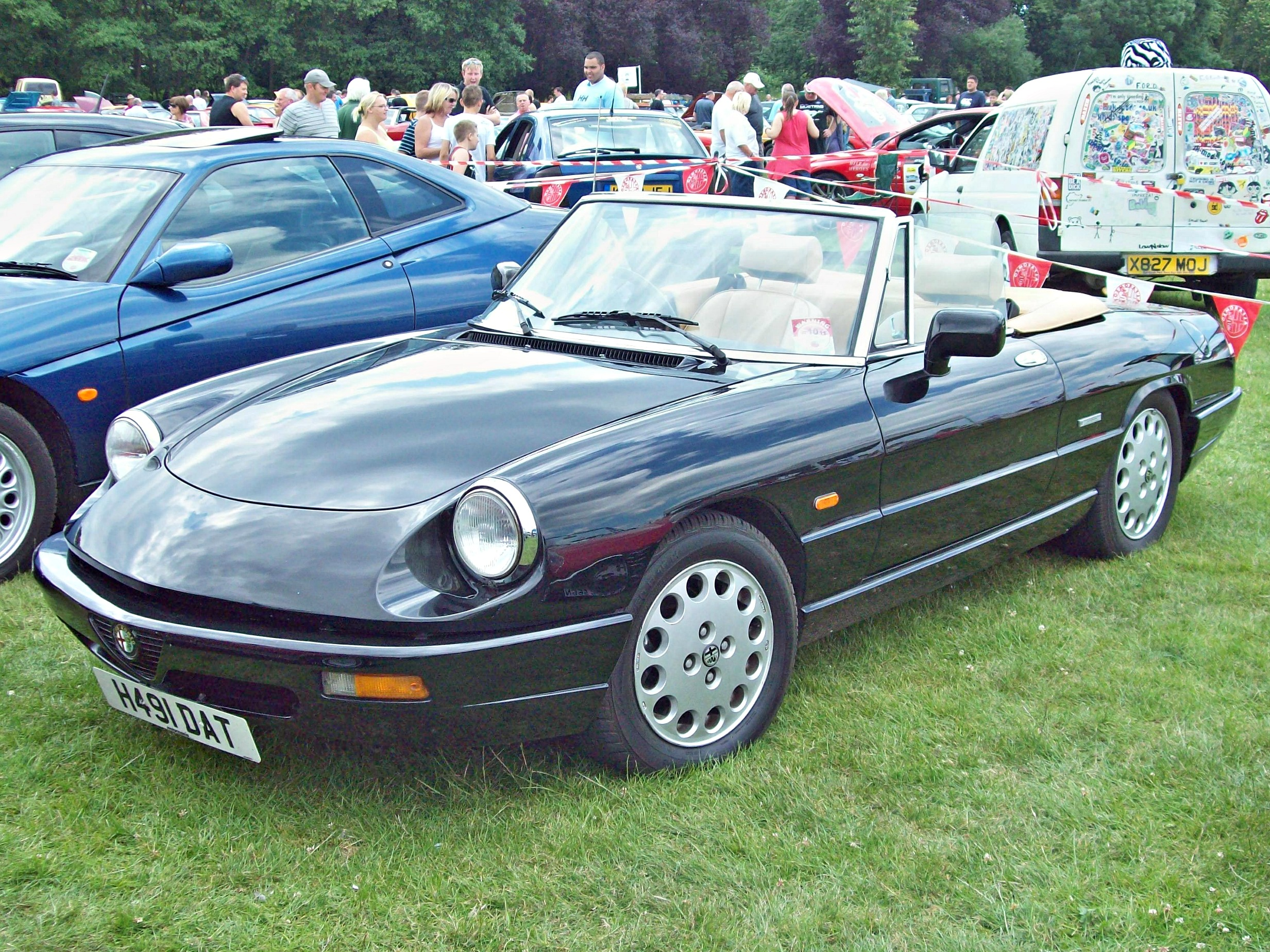 1990 alfa romeo spider injection related infomation. Black Bedroom Furniture Sets. Home Design Ideas