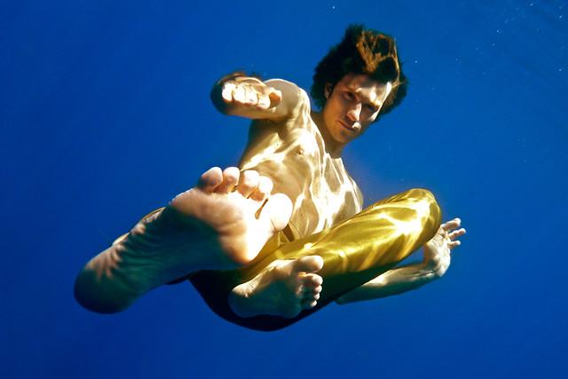 guillaume kicks