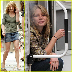 Emilie de Ravin Smoking