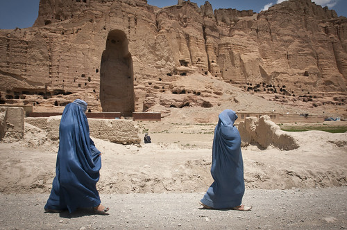 Giant standing Buddhas of Bamiyan still cast shadows [Image 2 of 8]