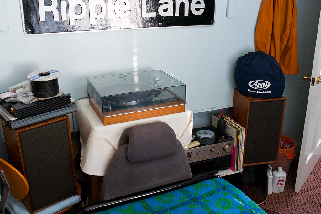 Stands For Large Bookshelf Speakers