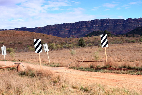 grid near Wilpena