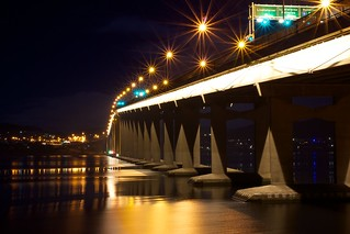 Tasman Bridge, Night