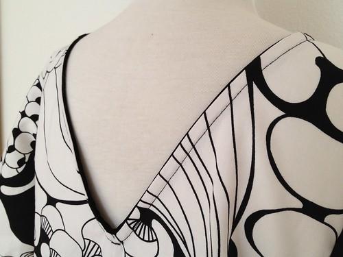 04.Jul.12 V shaped back