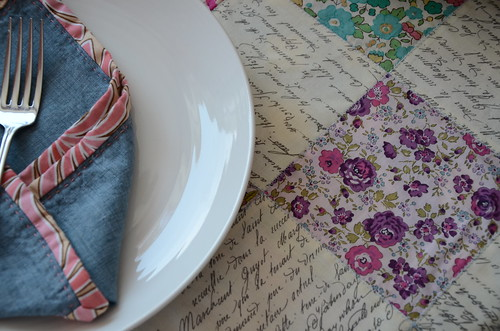 Liberty Lemonade reversible table cloth