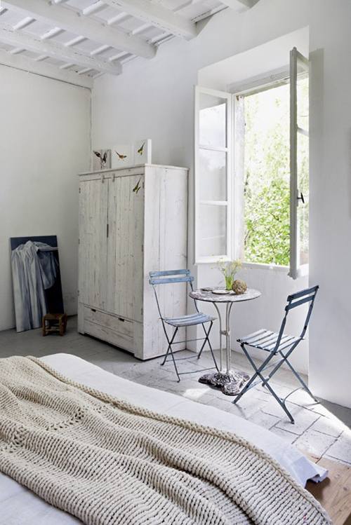 Serene bedrooms the style files - Decoration chambre vintage ...