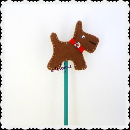 Ponteira de lápis cachorro by artesbybax - Carmen