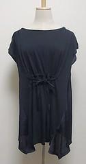 紺のコットン×化繊のウエストシェイプ半袖カットソー