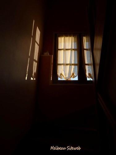 Fenêtre d'ombre & de lumière