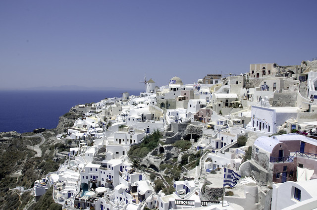 Santorini Village by flickr user brucehh