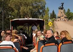 Mendoza: Para vender más, 42 comercios céntricos regalan vino a turistas