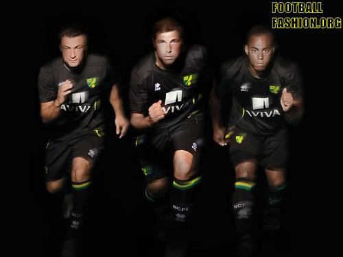 Norwich City Errea 2012/13 Away Football Kit / Soccer Jersey