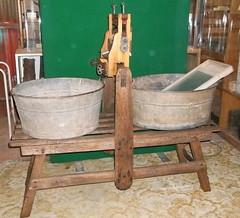Washing Tub Stand