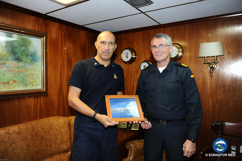 FCDR visits the Spanish Ship ESPS Reina Sofia – EUNAVFOR MED