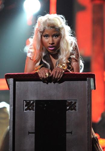 Nicki Minaj 2012 GRAMMY AWARDS 7