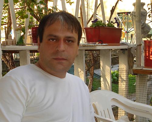 """E. Sarkisjan: V Arménii se dobře jí a pije. I """"násilím""""."""