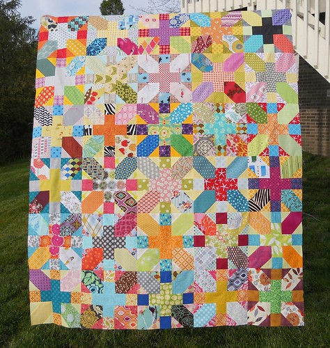 do. Good Stitches Imagine Circle March Quilt top