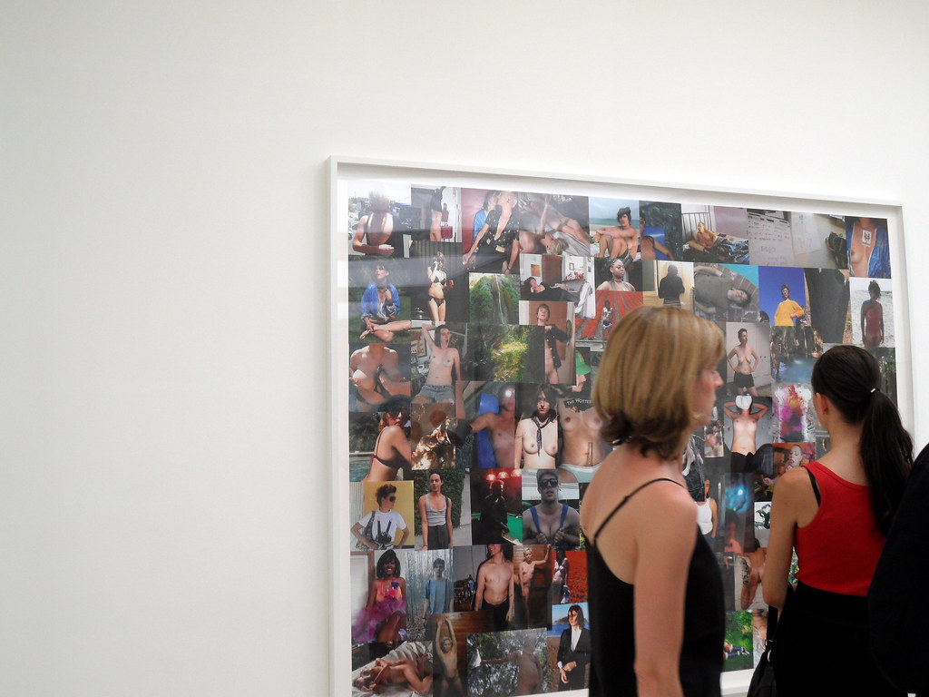 Saatchi Gallery Out of Focus Private View (69)