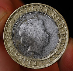 Counterfeit 2-pound coin