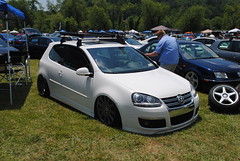 automobile, automotive exterior, family car, wheel, volkswagen, vehicle, automotive design, volkswagen r32, volkswagen gli, volkswagen gti, volkswagen golf mk5, city car, compact car, bumper, land vehicle, hatchback, volkswagen golf,
