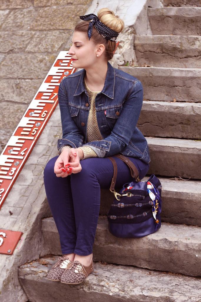 Deux foulards, un chignon et mon sac Macaron - Zoé Bassetto - blog ... 666f9db0eed4