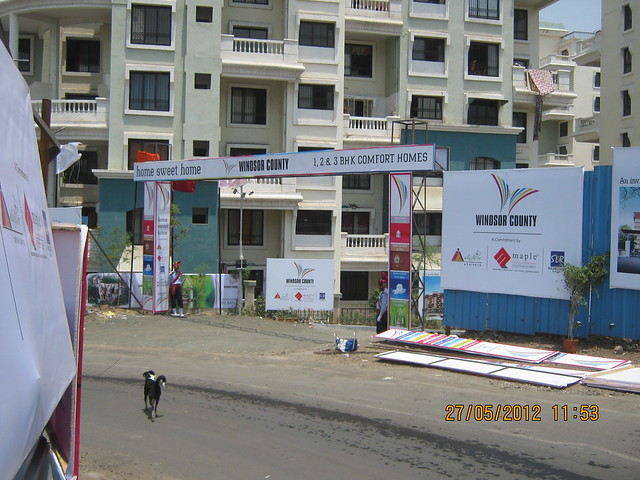 Reelicon Garden Grove, Hairpin Turn of Katraj Ambegaon Khurd Road & Entrance of Windsor County, 1 BHK 2 BHK & 3 BHK Flats near Reelicon Garden Grove, Datta Nagar, Ambegaon Budruk, Pune 411046