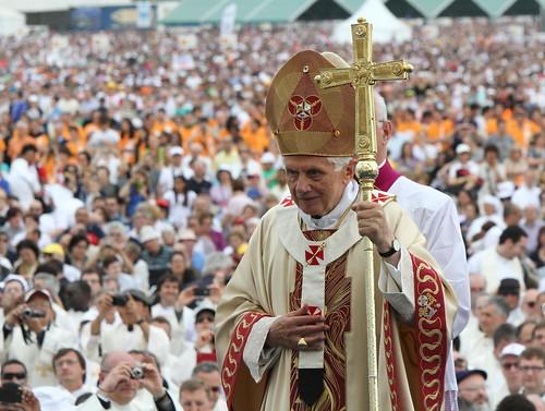 Il Papa si dimette dal Pontificato: