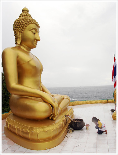 Big Buddha at Koh Kaew Yai