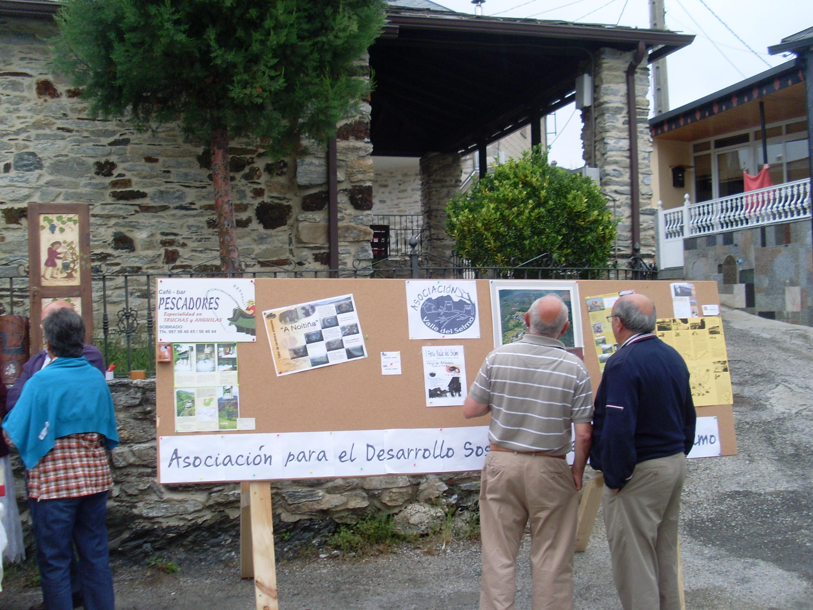 1a Feria Artesanía Sto. Tirso