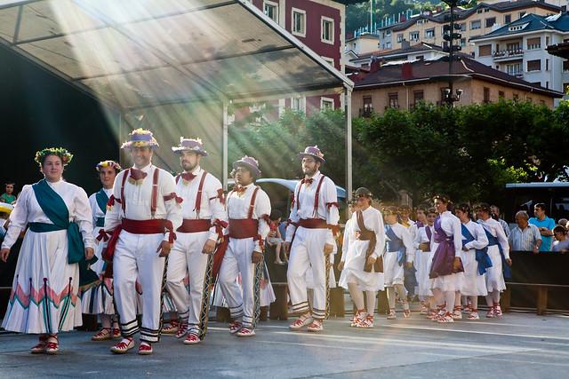 2012-06-15_Eibarko-Dantzari-Eguna_IZ_5443