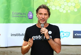 Oskar Metsavaht, the hosts of the event, fashion designer and founder of the Instituto-E