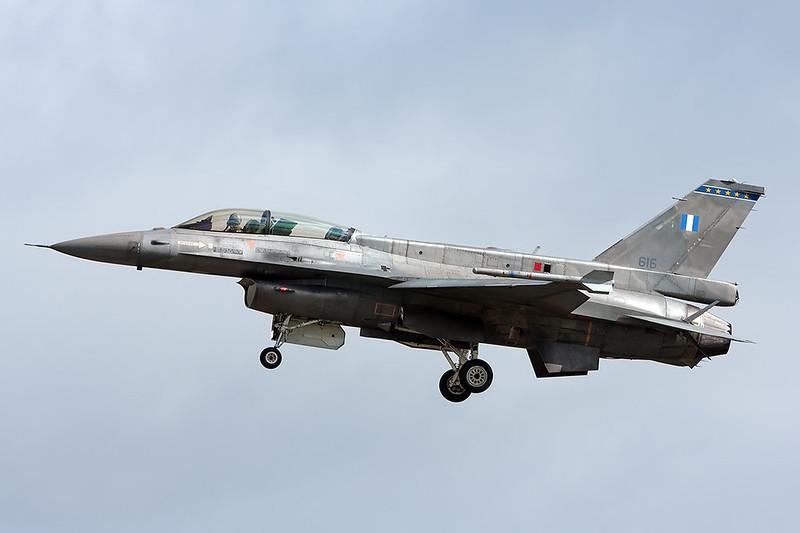 F-16D 616