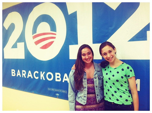 Maya and Rachel making calls and taking names at LA OFA-CA Headquarters