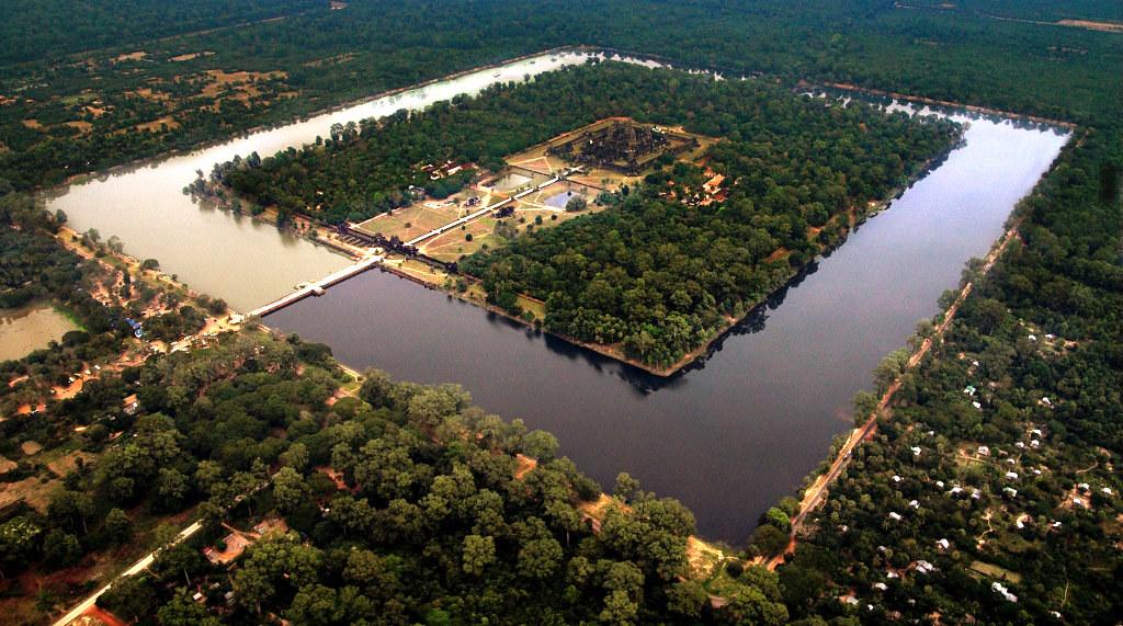 Ангкор Ват с запада (фото с