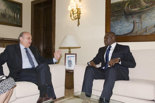 Los ministros del interior de espa a y costa de marfil for Competencias del ministerio del interior