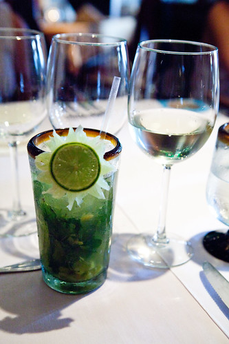 Pineapple mojito with JC Bravo Palomino 2011 wine