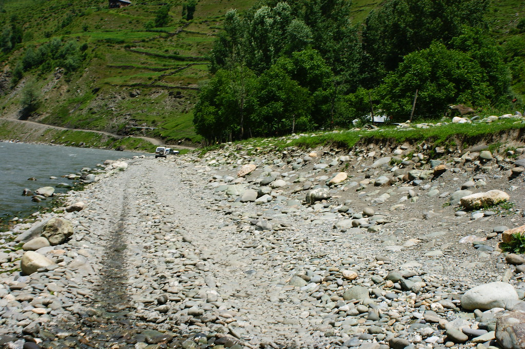 """MJC Summer 2012 Excursion to Neelum Valley with the great """"LIBRA"""" and Co - 7608666128 c567156090 b"""