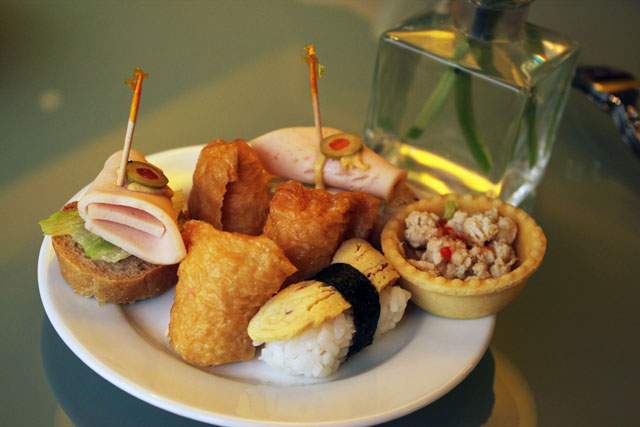 Club Lounge - Hors d'oeuvres
