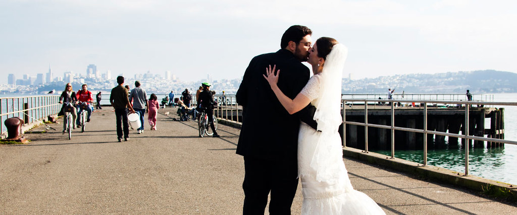 Wedding couple, Fisherman's Wharf